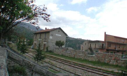 Ferrovia di Elini